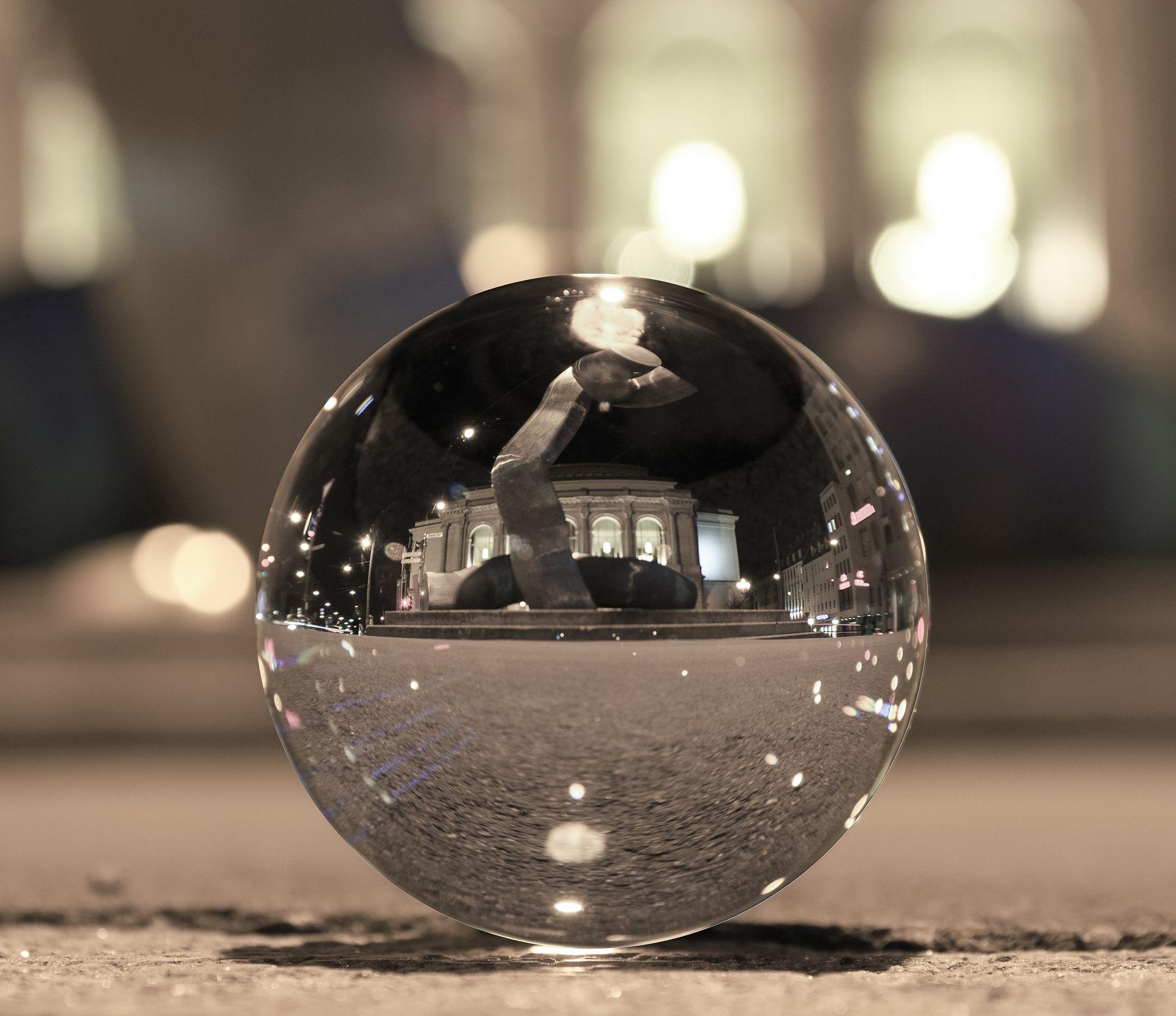 Reuter.marketing - blicken Sie noch immer in die Glas-Google